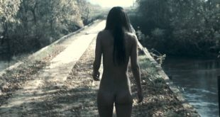 Sarah Butler nude full frontal butt and rough sex - I Spit on Your Grave (2010) HD 1080p BluRay (2)