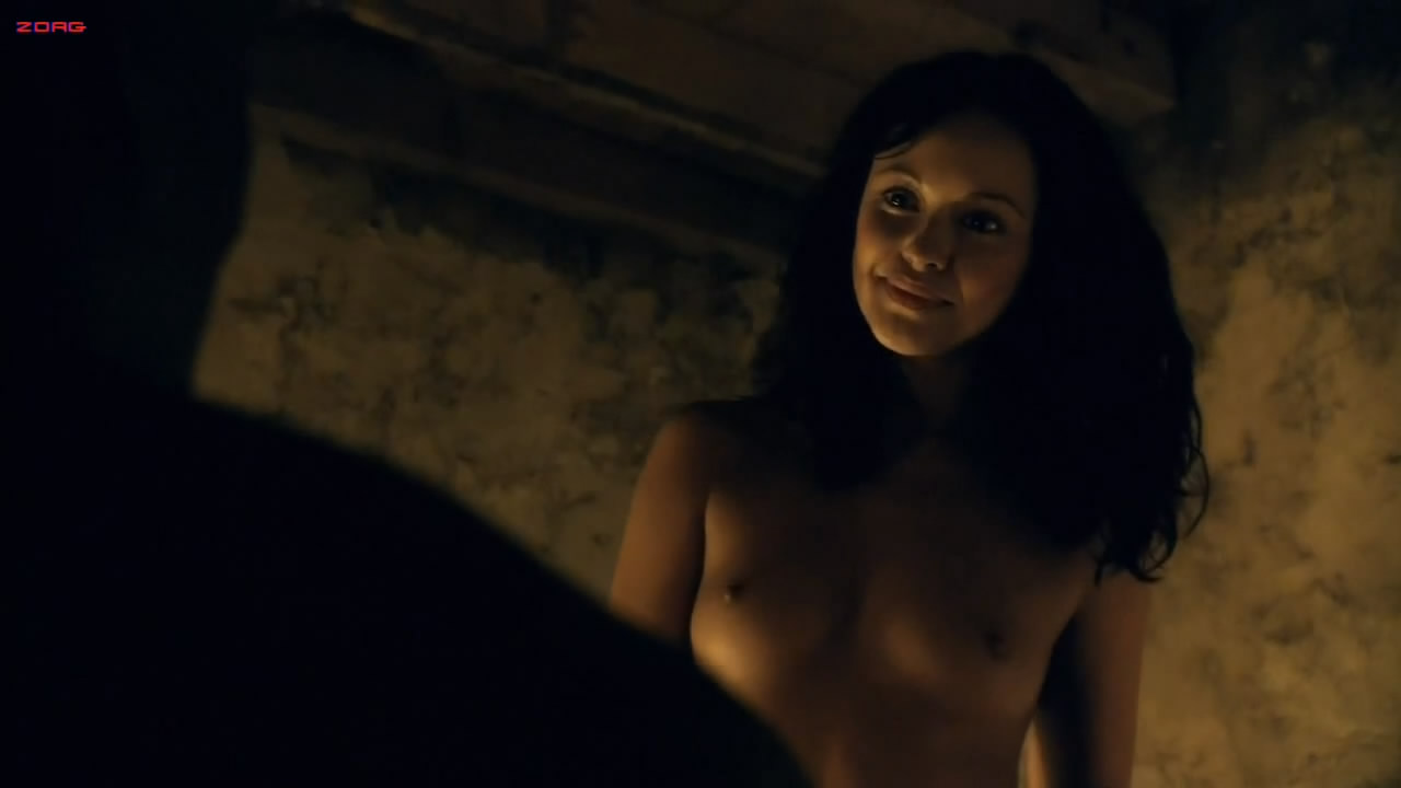 Marisa Ramirez naked and sex - Spartacus: Gods of the Arena S1E1 HD720p