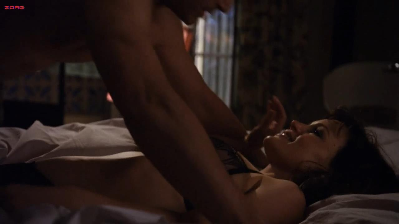 Carla Gugino hot lingerie Californication S04E07 hd720