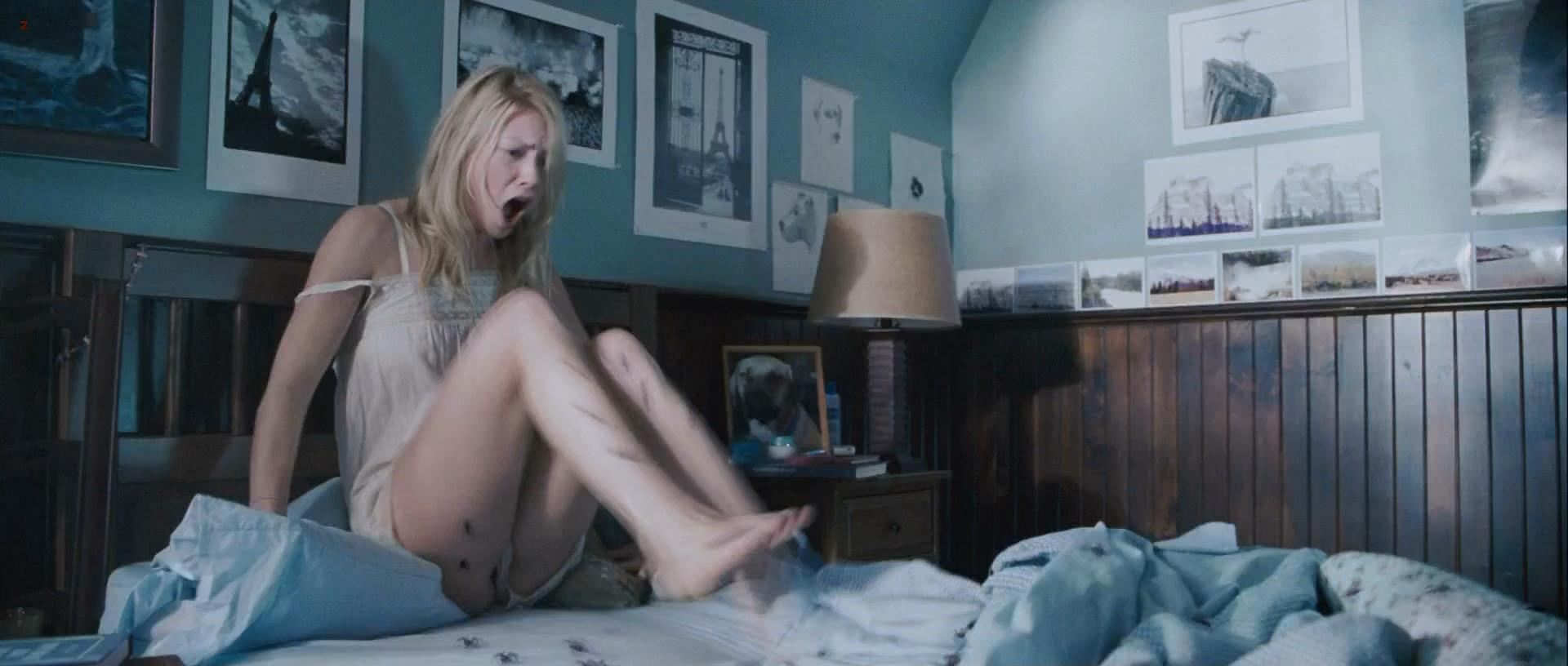 Laura ramsey shower the covenant nude