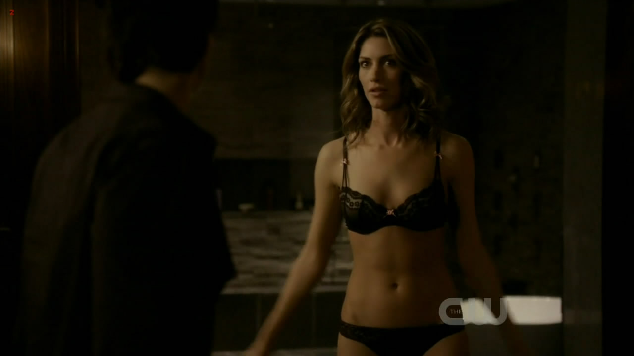 Dawn Olivieri hot and sexy in black lingerie – The Vampire Diaries S2E19 hdtv720p