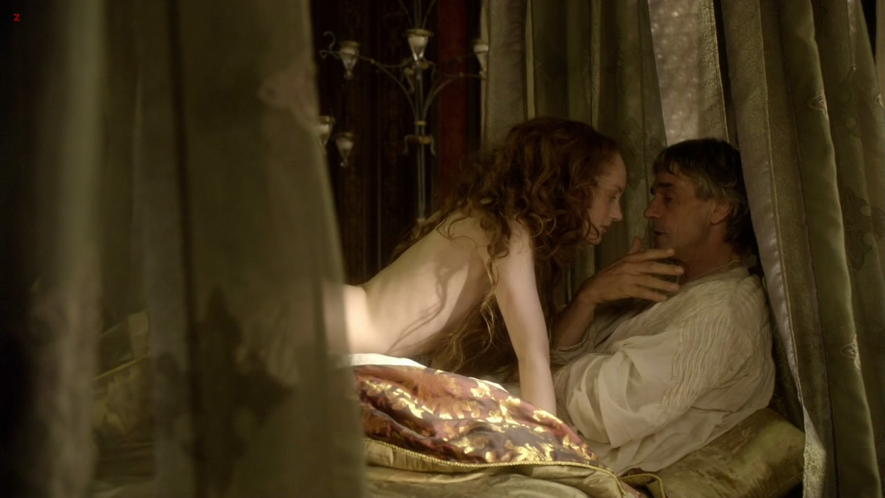 Lotte Verbeek nude topless - The Borgias s01e01 hd720p