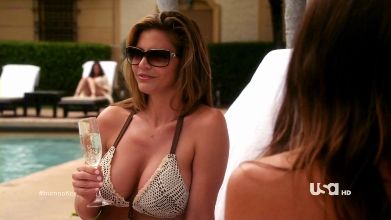 Charisma Carpenter hot and busty in bikini in - Burn Notice (2011) s5e11 hd720p