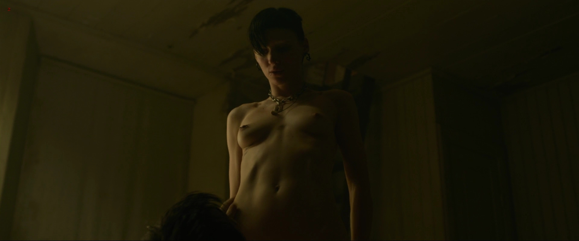 Rooney Mara naked rough sex oral and lesbian - The Girl with the Dragon Tattoo (2011) hd1080p (19)