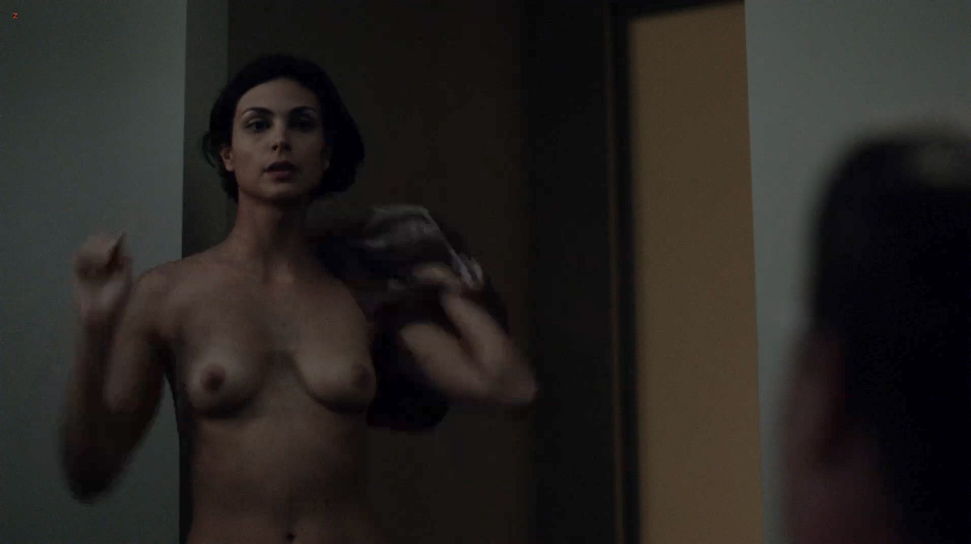 morena baccarin topless