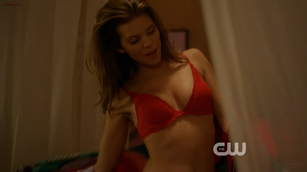 AnnaLynne McCord sexy in red lingerie – 90210 s5e20 hd720p