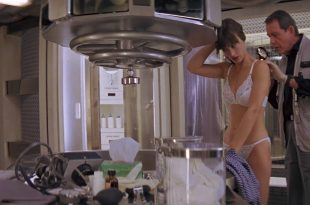 Amanda Pays hot and sexy in wet lingerie - Leviathan (1989) HD 1080p (8)