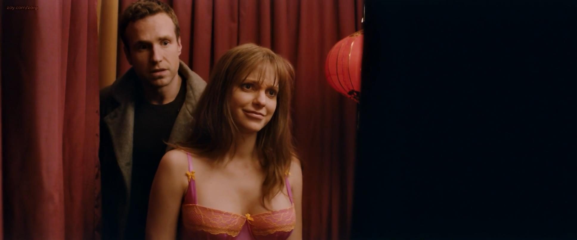 Anna Faris and Rose Byrne cute sexy and funny in lingerie – I Give It a Year (2013) hd1080p