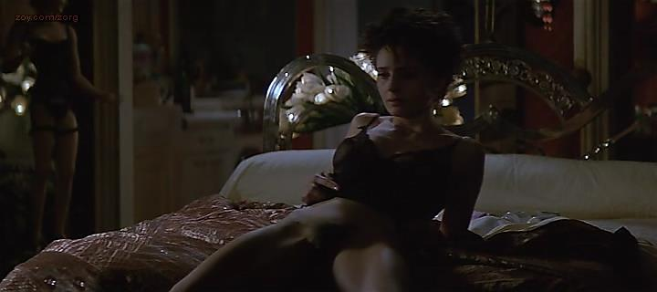 Anouk Grinberg nude bush and doggy style sex - Mon homme (1996)