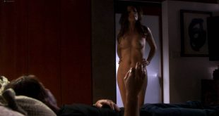 Paula Marshall nude topless Brooke Banner topless Madeline Zima hot - Califonication (2007) s1e2 HD 1080p (6)