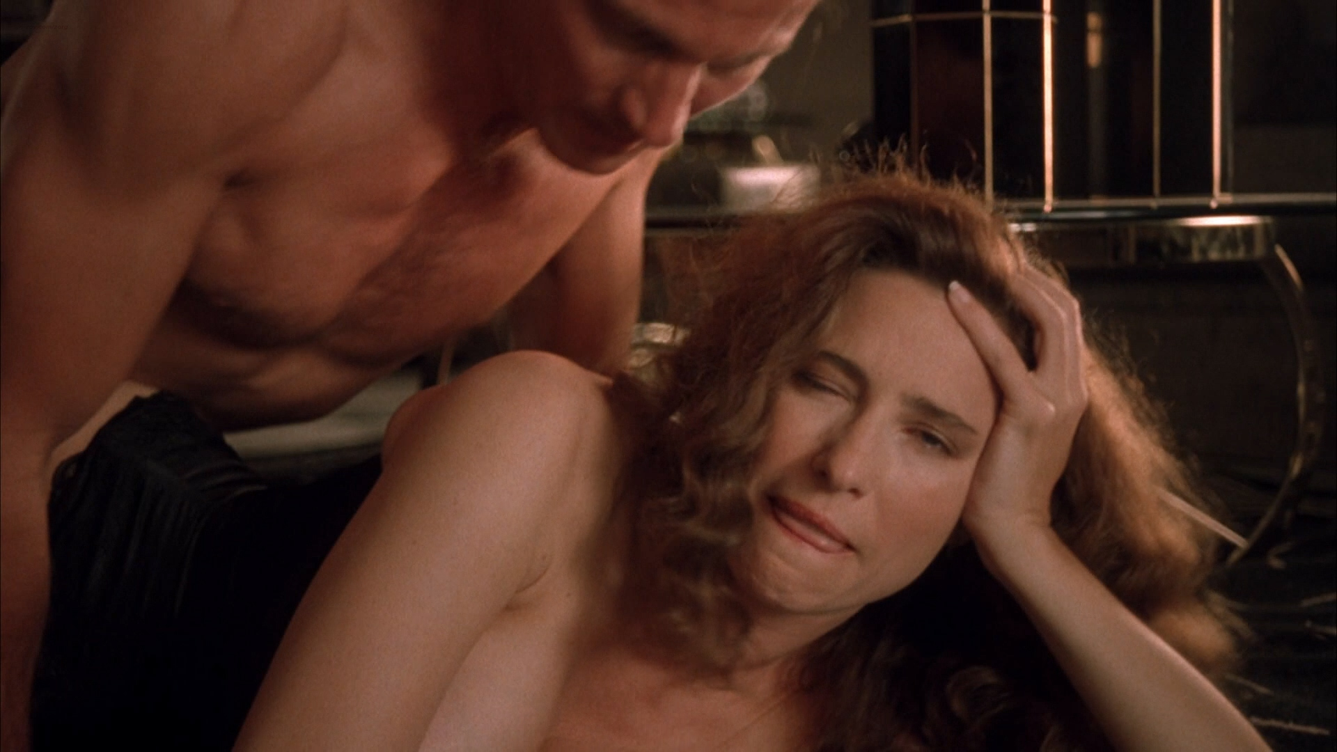 Were Mimi rogers naked apologise