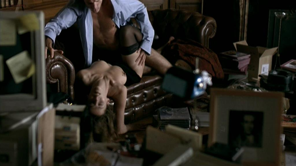 Sophie Marceau nude topless and sex - La Fidelite (FR-2000)