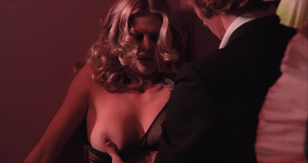 Karin Schubert nude topless - Cold Eyes of Fear (1971) hd720-1080p (5)