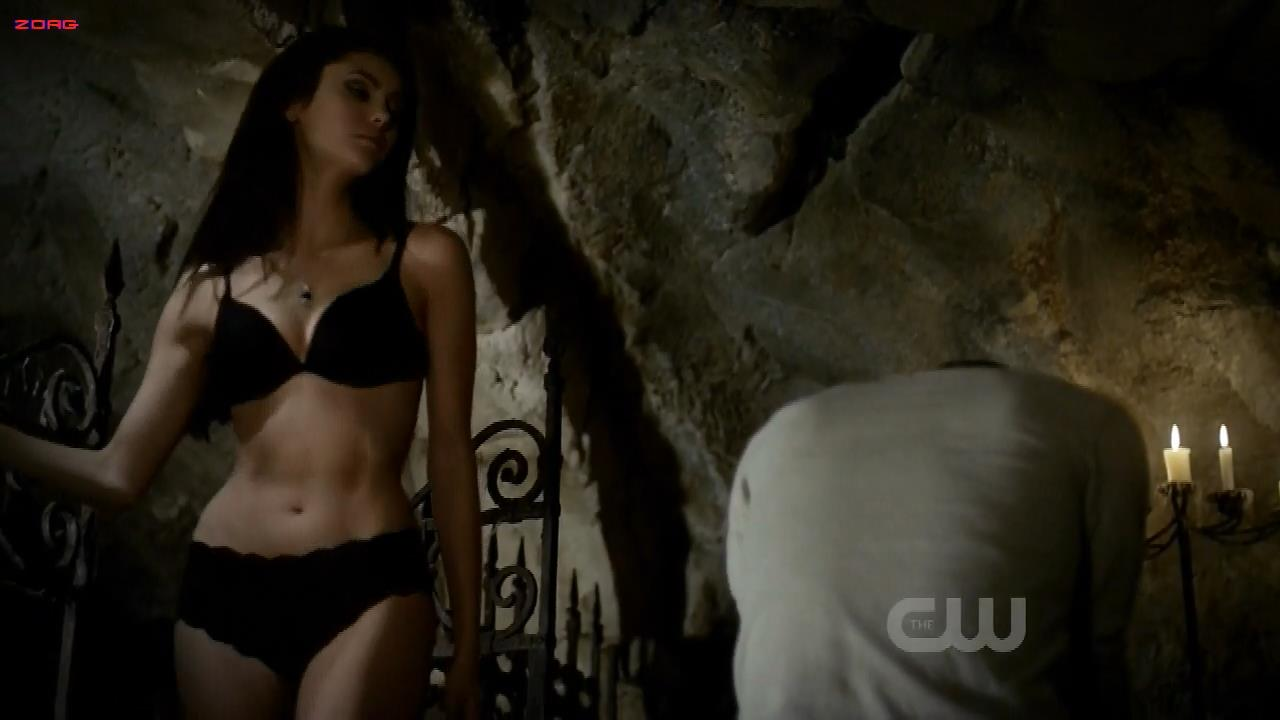 Nina Dobrev hot while stripping to bra and panties – The Vampire Diaries s2e11 hdtv720p