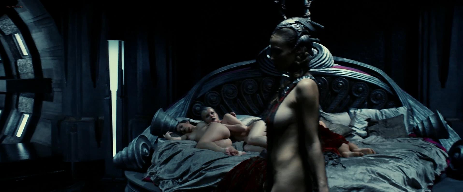 naked women from riddick