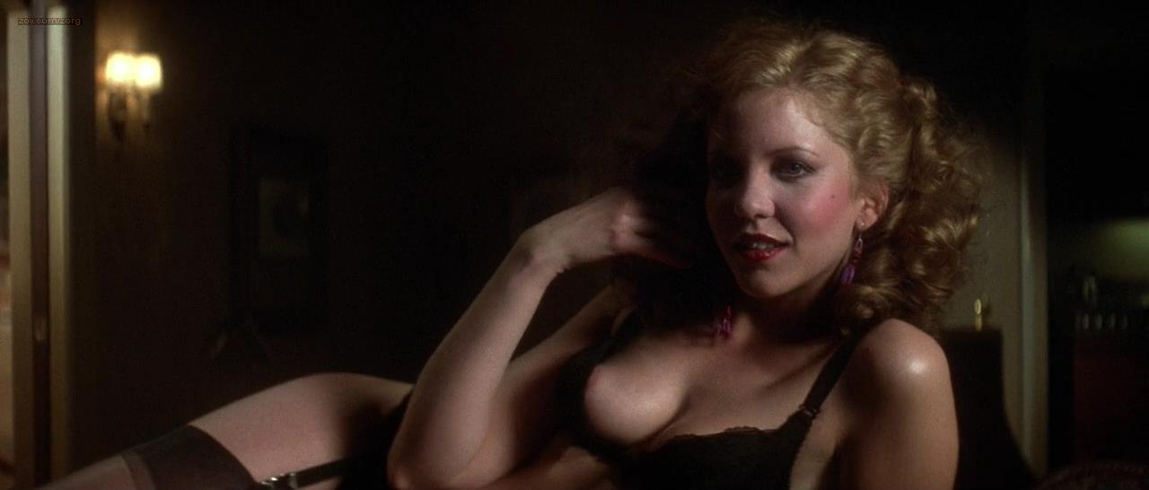 Nancy Allen nude topless and hot - Dressed to Kill (1980) hd720p