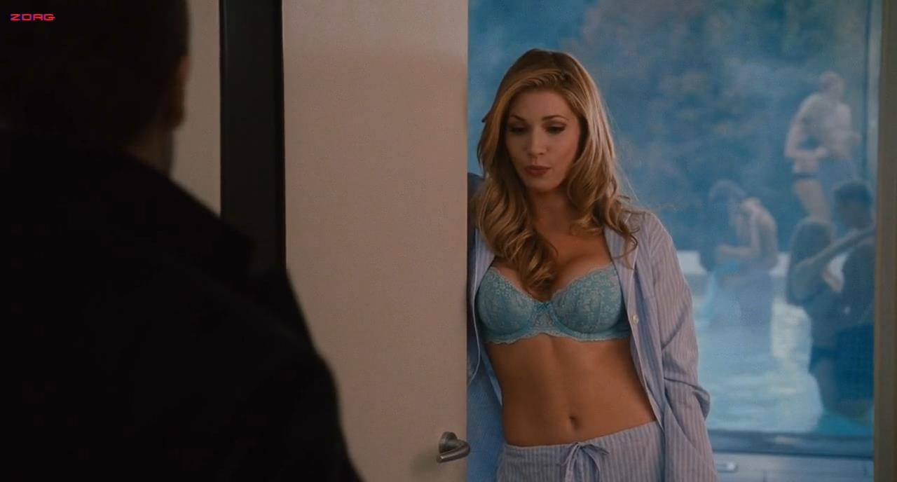 Katheryn winnick love and other drugs