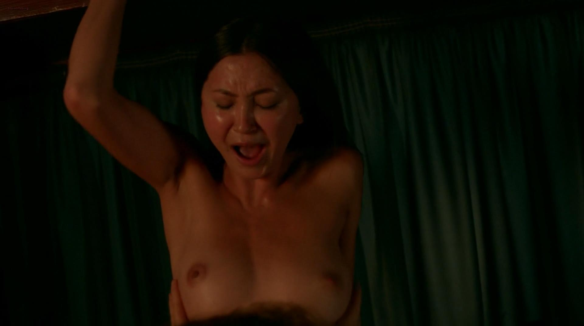 Kimiko Glenn nude and Natasha Lyonne not nude hot lesbian sex - Orange is the New Black (2014) s2e4 hd1080p