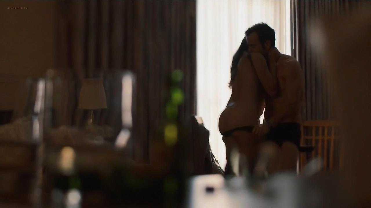 Briana Marin nude butt and brief topless – The Leftovers (2014) s1e9 hd720p