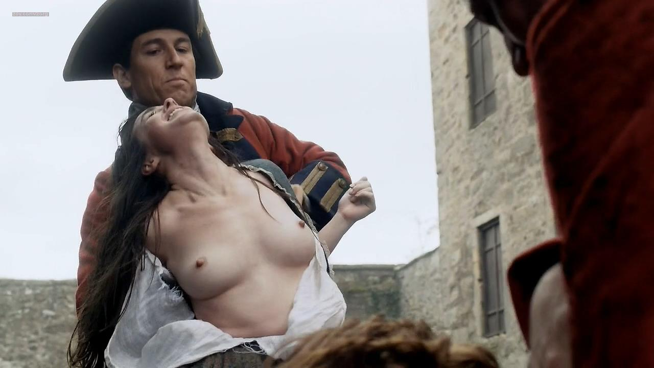 Laura Donnelly nude topless and Caitriona Balfe nude - Outlander (2014) s1e2 hd720p