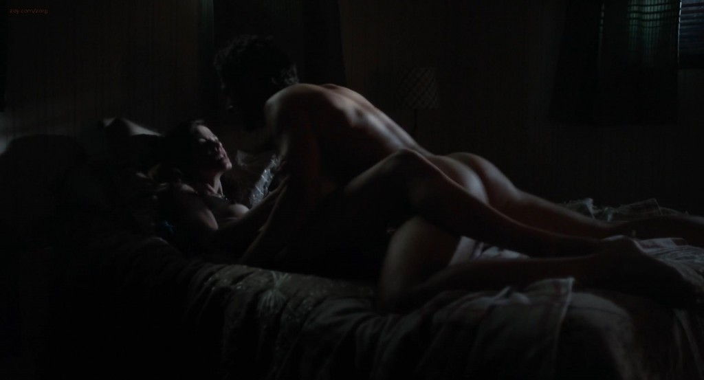 Michelle Monaghan nude topless butt and hot sex - Fort Bliss (2014) (1)
