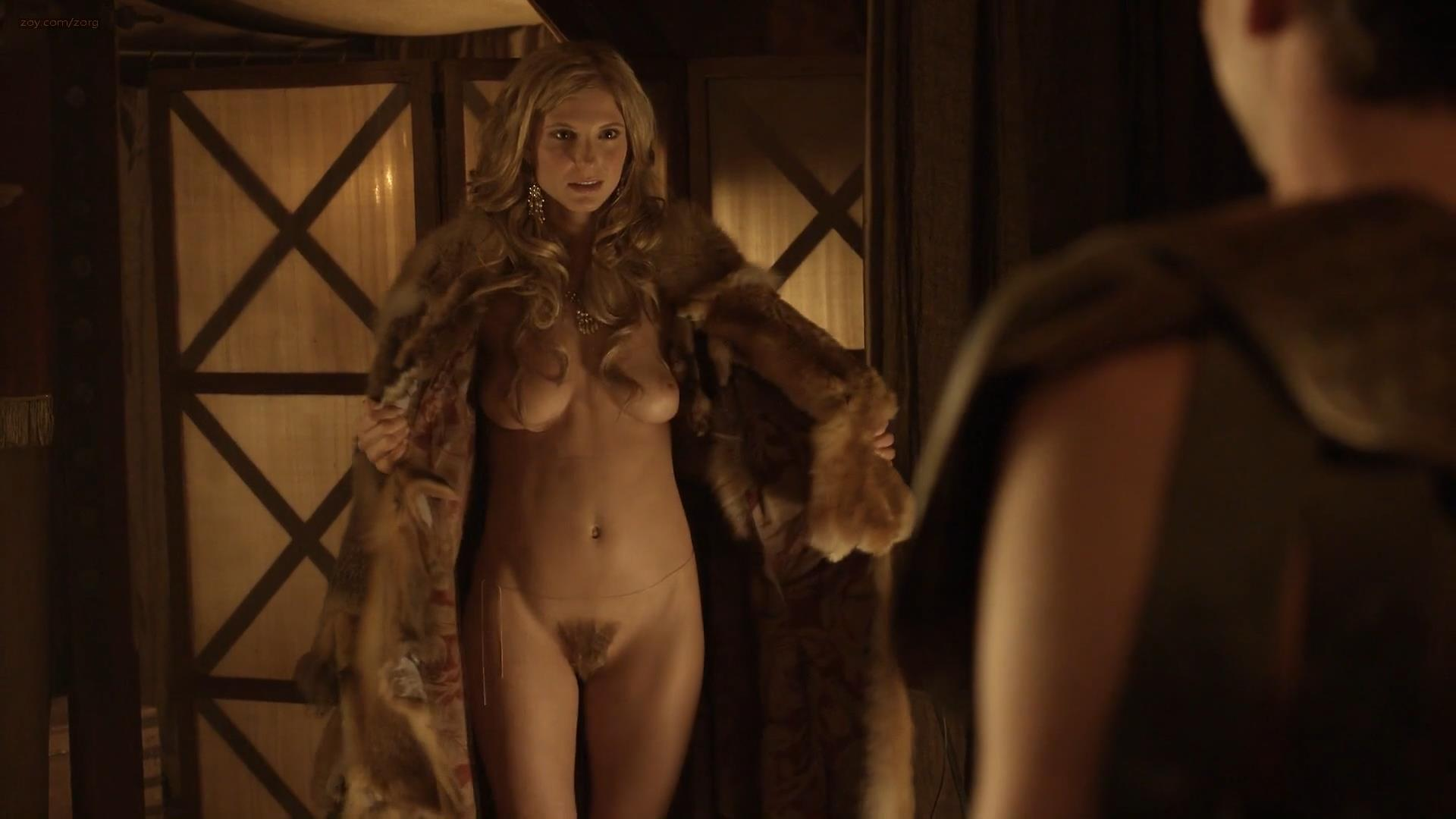 Viva bianca erin cummings katrina law and lucy lawless 6