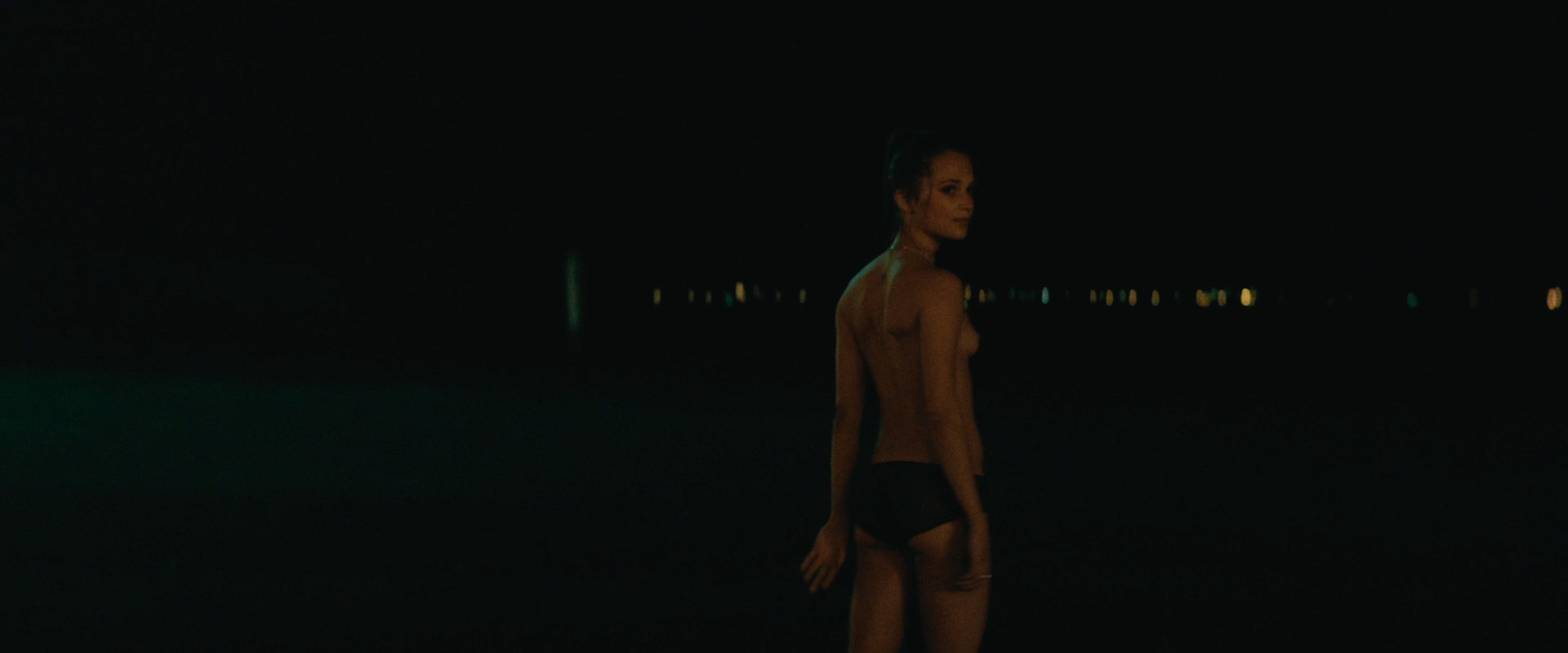 Alicia vikander nude son of a gun