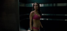 Elizabeth Banks hot pokies and Genesis Rodriguez hot and sexy in bra and panties - Man on a Ledge (2012) hd1080p (1)