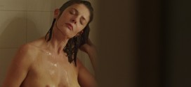 Chiara Mastroianni nude brief topless in shower - 3 coeurs (FR-2014) hd720p