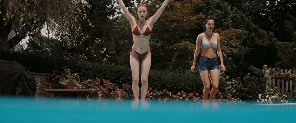 Evan Rachel Wood hot and wet in bikini and Eva Amurri hot - The Life Before Her Eyes (2008) hd1080p (8)
