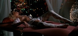 Jackie Swanson nude topless - Lethal Weapon (1987) hd1080p (8)