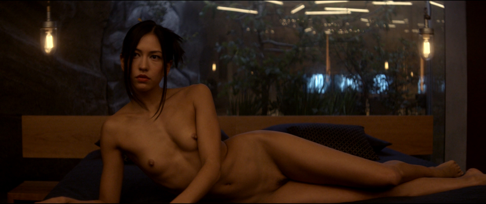 Ex machina nude