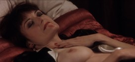 Catherine McCormack nude topless - Shadow of the Vampire (2000) hd1080p (9)