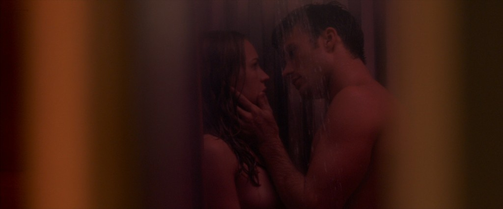 Britt Robertson nude and sex in the shower - The Longest Ride (2015) hd1080p BluRay (5)