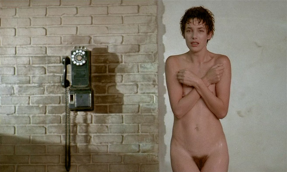 Jane Birkin nude full frontal bush and lot of sex – Je t'aime moi non plus (FR-1976)