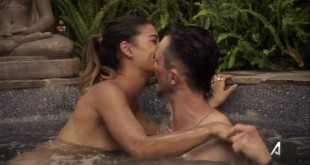 Jessica Szohr hot sexy and wet - Kingdom (2015) s2e3 (3)