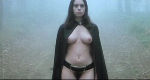 Lina Romay nude bush Monica Swinn & Anna Watican - Female Vampire (1973) HD 720p BluRay (13)