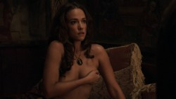 Alicja Bachleda nude topless and Yvonne Strahovski hot - Edge (2015) HD 1080p (10)