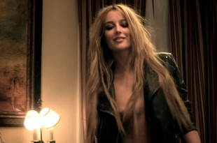 Sarah Dumont nude topless in short movie - Freedom (2015) HD 1080p (4)