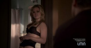 Julia Stiles hot and sexy some sex in lingerie - Blue (2014) s1e1-2 HDTV 720p (7)