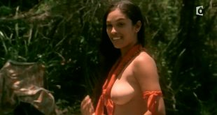 Irina Cardoso nude topless other's nude too - Les Aventuriers des mers du Sud (FR-2006) HDTV (2)