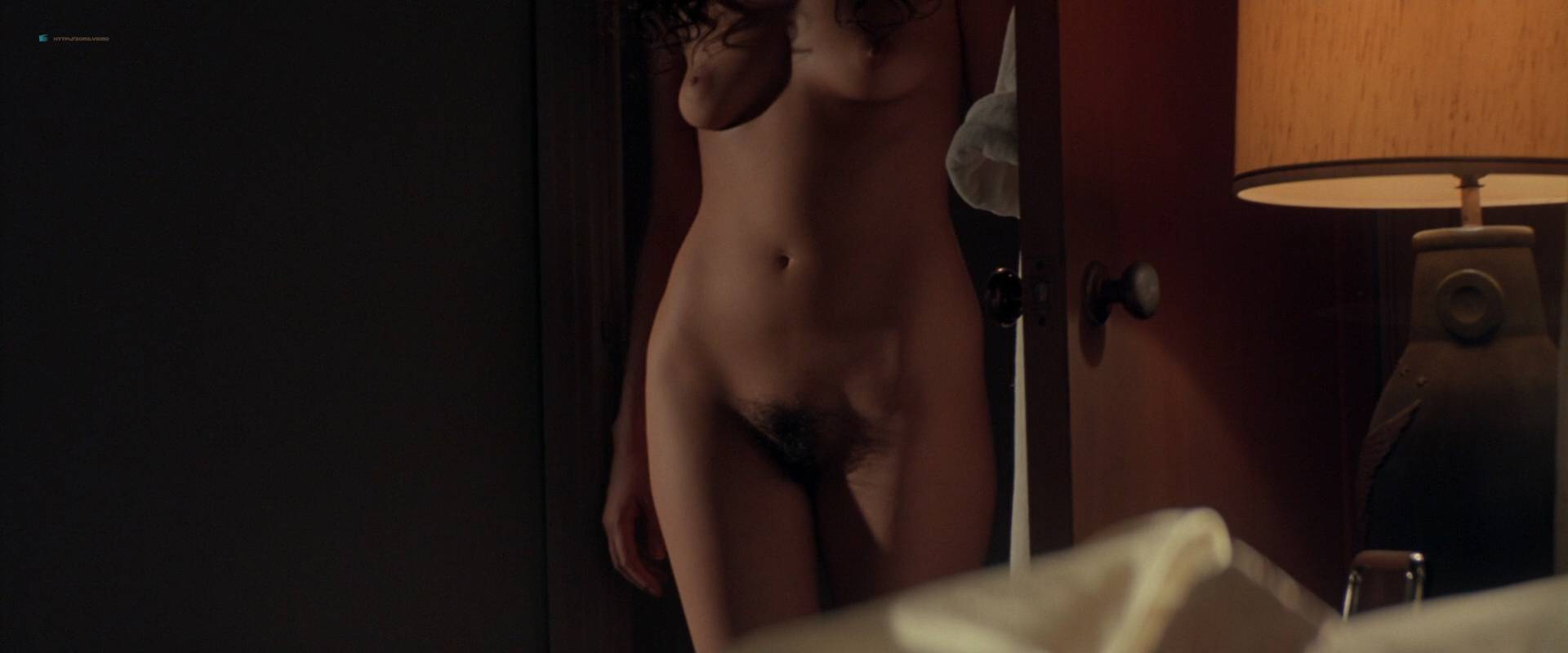 Gabrielle-Anwar-nude-topless-Meg-Tilly-hot-Body-Snatchers-1993-HD-1080p-BluRay-00001.jpg