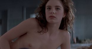 Gabrielle Anwar nude topless Meg Tilly hot - Body Snatchers (1993) HD 1080p BluRay (12)