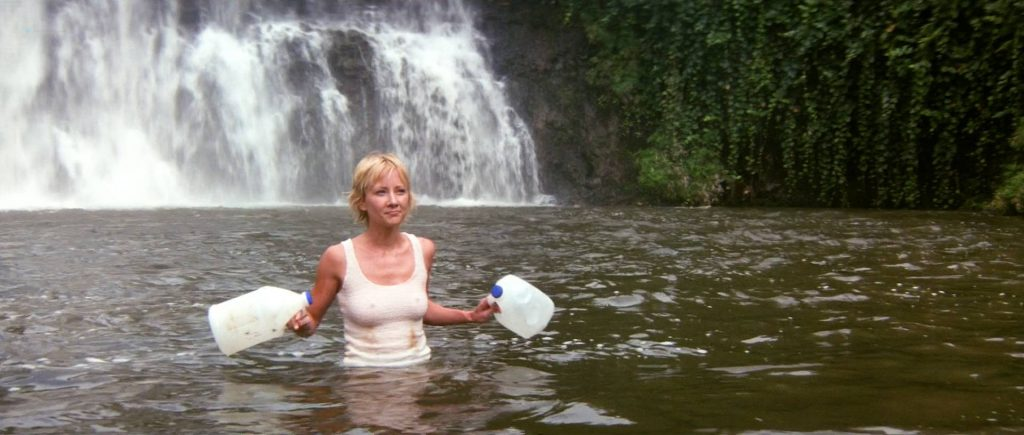 Anne Heche hot, wet bikini and c-true Jacqueline Obradors hot - Six Days Seven Nights (1998) HD1080p WEB (9)