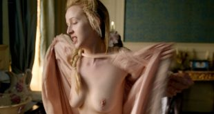 Jessica Brown Findlay and Eloise Smyth hot lot of sex Holli Dempsey nude - Harlots (2017) s1e1-4 HD 1080p (16)