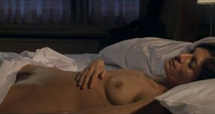 Anne-Marie Cadieux nude topless, bush and sex - Toi (CA-2007) (3)