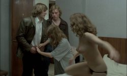 Isabelle Huppert nude bush and sex Agnès Rosier nude - Loulou (FR-1980) HD 1080p BluRay (6)