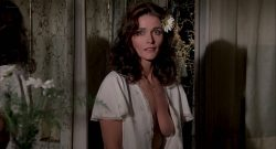 Margot Kidder nude brief topless - The Amityville Horror (1979) HD 1080p BluRay (7)