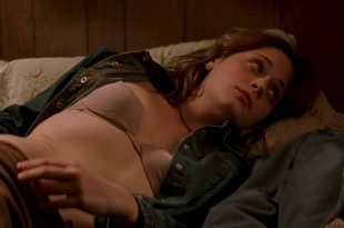 Zooey Deschanel hot and sexy in bar and some sex - All the Real Girls (2003) HD 720p WEB (6)