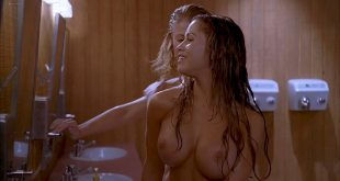 Arielle Kebbel hot, Tara Killian nude other's nude too - American Pie Presents Band Camp (2005) HD 1080p BluRay (6)